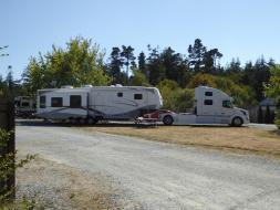 071. Lorry to pull caravan